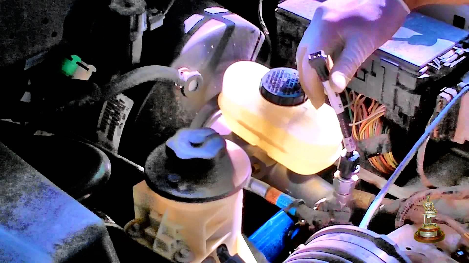 Замена жидкости в ГУР на автомобилях Daewoo