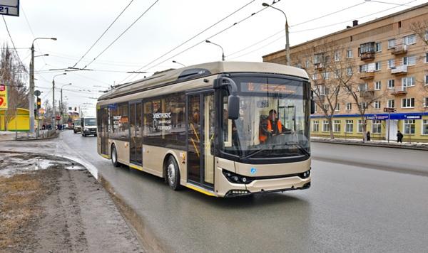 В Омске тестируют первый электробус